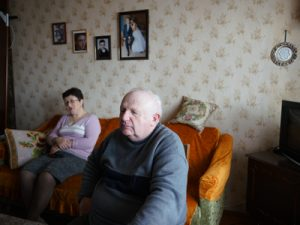 ukraine_yefim-vygodner-and-wife-tamara-at-their-home-in-bershad