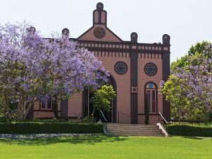the-first-temple-beth-israel-in-heritage-park