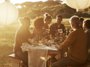 Shot of friends enjoying a late afternoon outdoor meal together in a fieldhttp://195.154.178.81/DATA/istock_collage/a5/shoots/785125.jpg